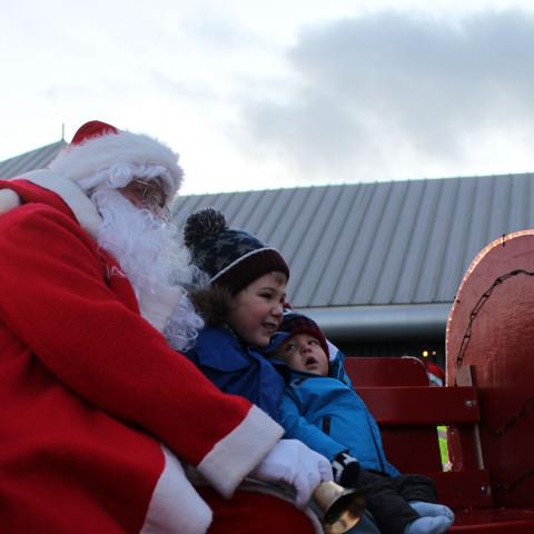 RT Santa_Dec15_16