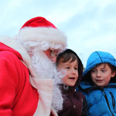 RT Santa_Dec15_18