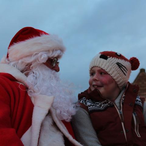 RT Santa_Dec15_21