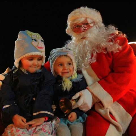 RT Santa_Dec15_81