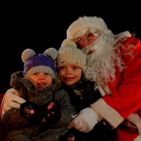 RT Santa_Dec15_84